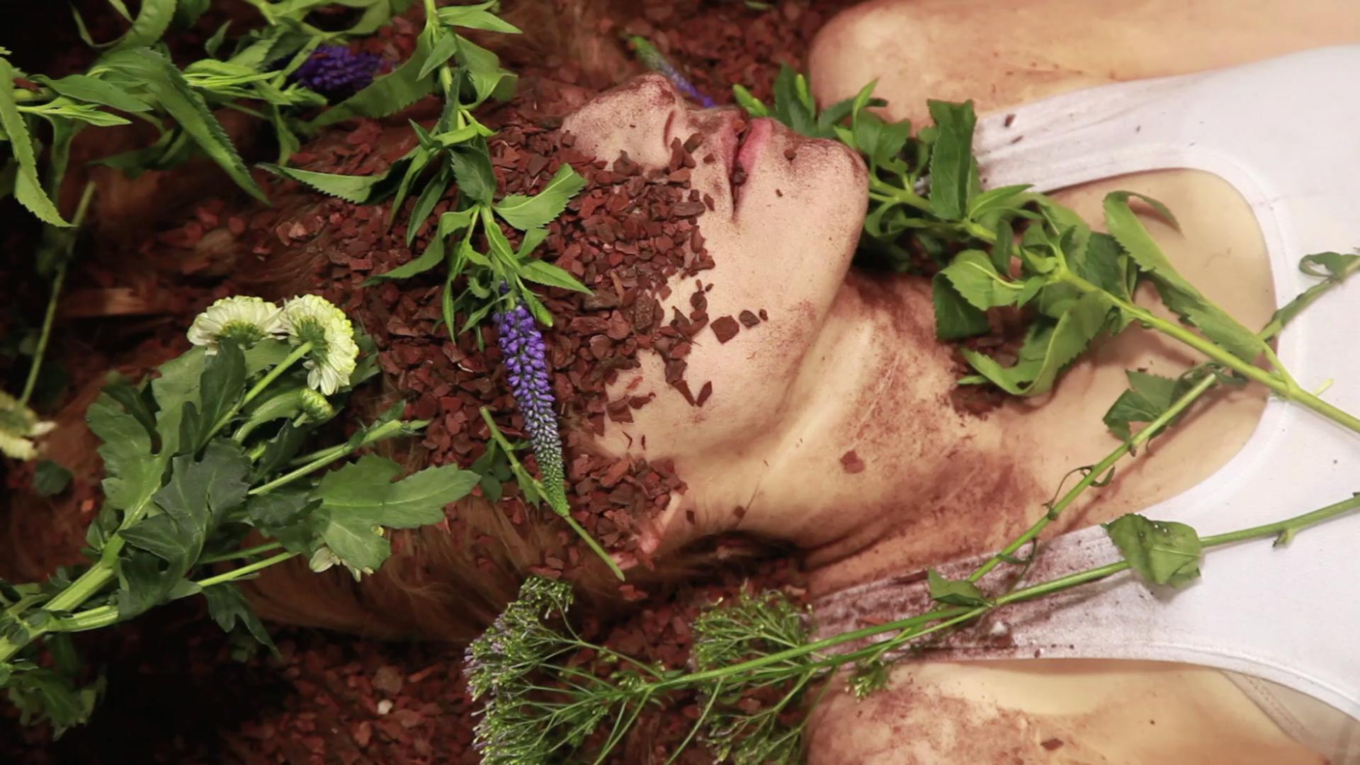Sarah P. - Dirty Sunday - Video Still
